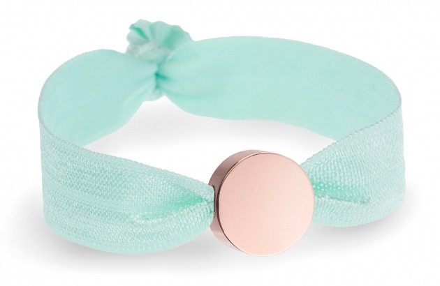 turquoise stretch bracelet with rose gold bead