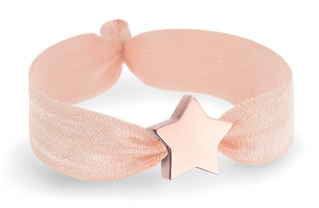 peach bracelet with star in rose gold